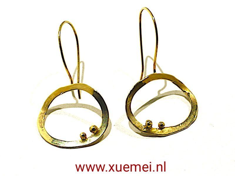 "Gouden oorbellen ""Circle of our life"""