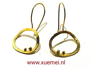 "Gouden oorbellen ""Circle of our life"""