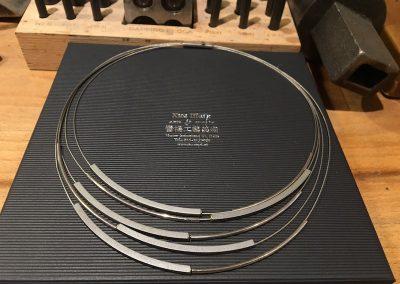 Titanium collier compleet nieuw maken