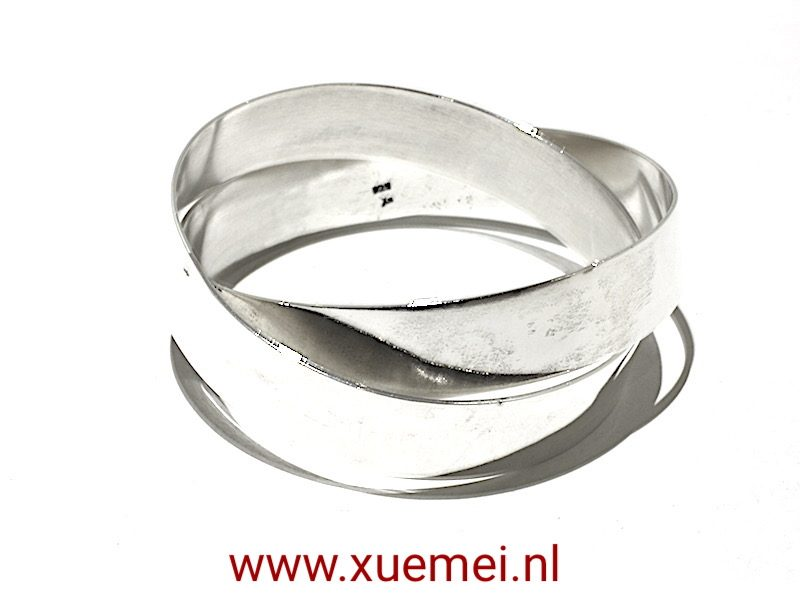 "Zilveren (bengle) armband ""You & me"""