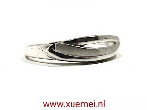 """Zilveren ring """"strepen"""""""