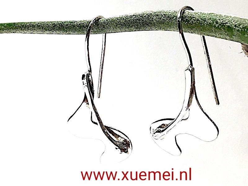 handgemaakte zilveren oorbellen - zilversmid Xuemei Dijkstal