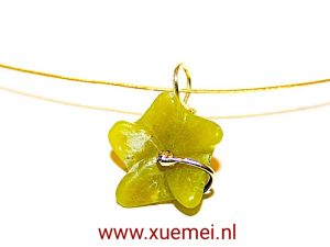 """Gouden hanger """"Jade bloem"""""""