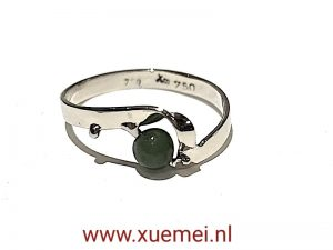 verlovingsring jade - edelsmid Xue Mei - Delft