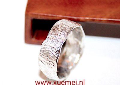 """Zilveren ring """"Boomstam"""""""