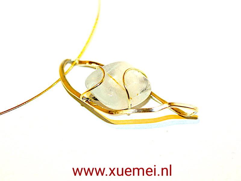 """Gouden hanger met aquamarijn """"Water of Mallorca"""""""