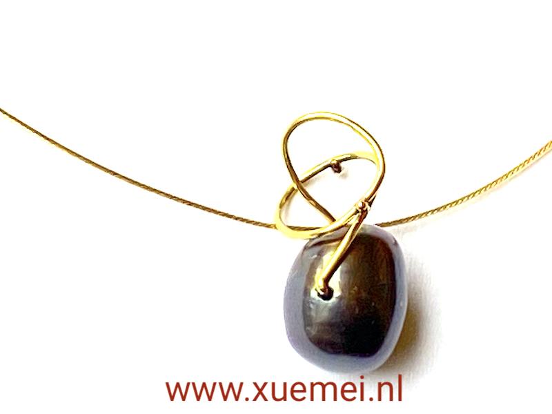 parel hanger goud - uniek - handgemaakt - goudsmid Xuemei Dijkstal