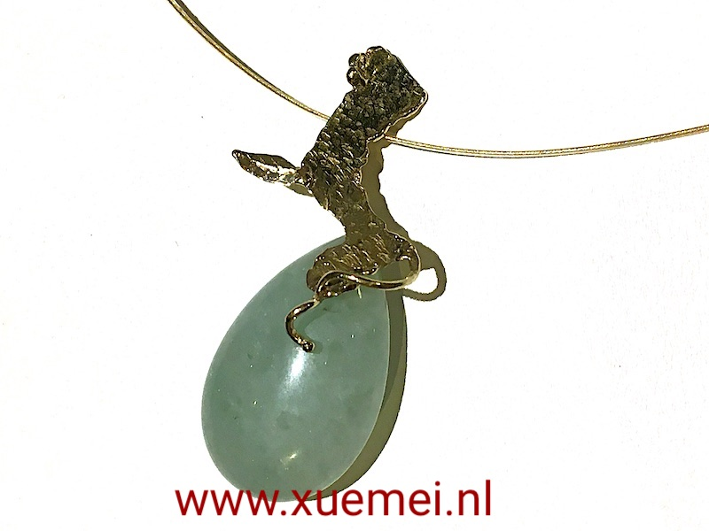 gouden-hanger-boom-groen-steen-natuur-goudsmid-Xuemei-Dijkstal.