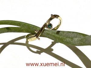 verlovingsring - smaragd - uniek - edelsmid Xuemei Dijkstal