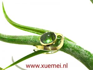 verlovingsring-groen-toermalijn-edelsmid-Xuemei-Dijkstal