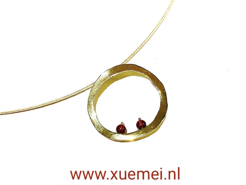gouden hanger - cirkel van het leven - uniek - goudsmid Xuemei Dijkstal - circle of life