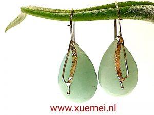 gouden-oorbellen-groen-steen-aventurijn-goudsmid-Xuemei-Dijkstal.