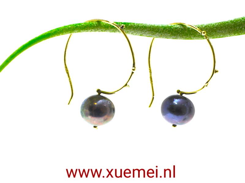 gouden oorbellen parel - goudsmid Xuemei - Delft