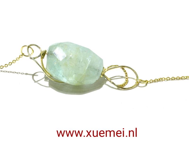 gouden collier aquamarijn - blauw steen - goudsmid Xue Mei