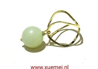 """Gouden hanger met jade """"Oneindig"""""""