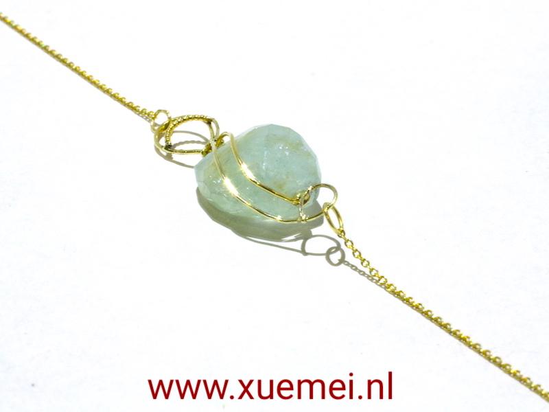 gouden ketting blauw steen - aquamarijn - edelsmid Xuemei Dijkstal