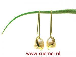 juwelier edelsmid Delft - parel oorbellen - Xuemei Dijkstal