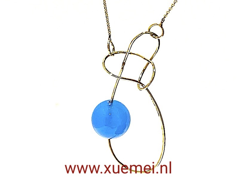 unieke gouden ketting - oneindig - blauwe agaat - edelsmid Xuemei Dijkstal