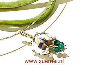 zilveren gouden hanger tulp met malachiet - groene steen - goudsmid Xuemei Dijkstal