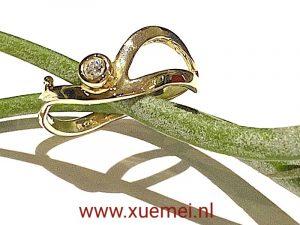 verlovingsring met diamant - edelsmid Xuemei Dijkstal