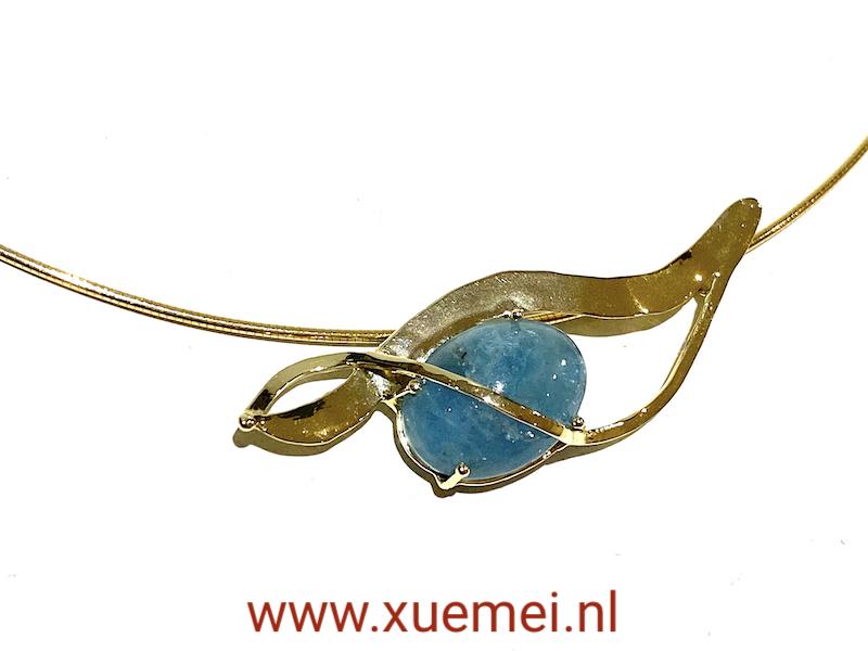 aquamarijn hanger : ketting goud - uniek - goudsmid Xuemei Dijkstal - handgemaakt