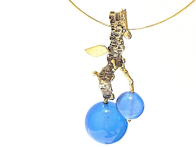 blauw agaat hanger goud - edelsmid Xuemei Dijkstal