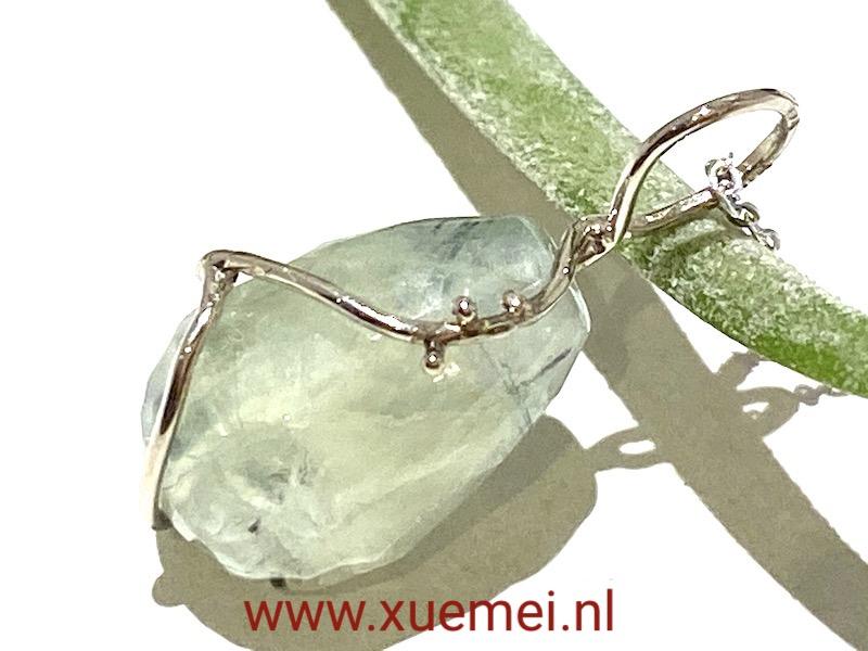 gouden hanger nefriet - handgemaakt - edelsmid Xuemei Dijkstal