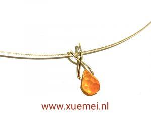 Gouden hanger met carneool - uniek - goudsmid Xuemei Dijkstal
