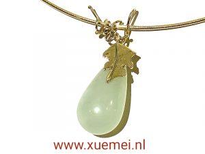 Gouden ketting met jade - uniek - goudsmid Xuemei Dijkstal - handgemaakt - one of a kind jewelry