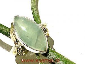 Zilveren gouden ring met jade - groen steen - uniek - edelsmid Xuemei Dijkstal