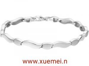 exclusieve zilveren armband - Xue Mei - juwelier en edelsmid Delft