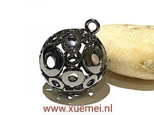 exclusieve zilveren hanger -3D- bol - juwelier Delft