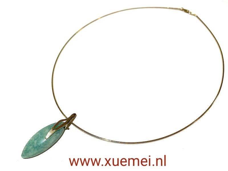 gouden collier met amazoniet - blauw edelsteen - handgemaakt - goudsmid Xuemei Dijkstal - uniek