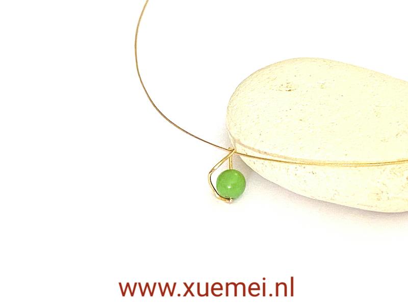 Gouden hanger met groene steen - chrysopraas - edelsmid Xuemei Dijkstal