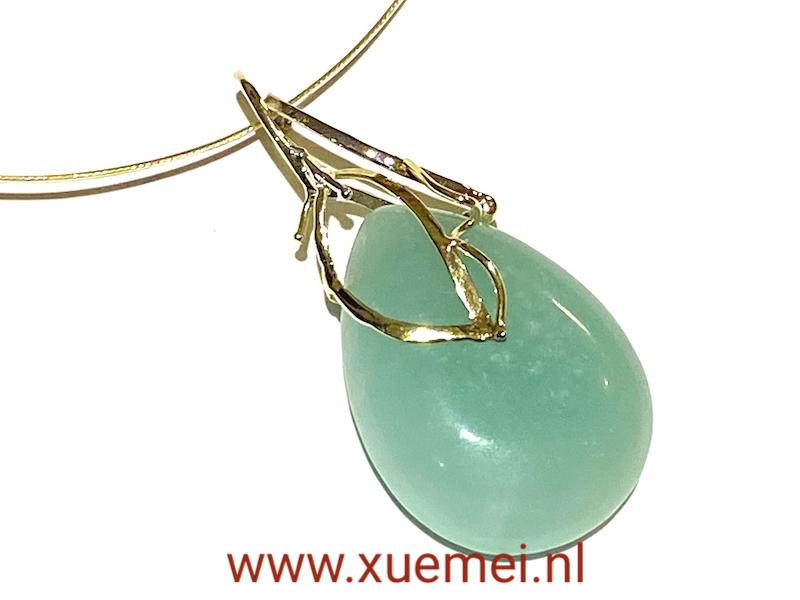 gouden hanger met blauw amazoniet - grote blauwe steen - uniek - goudsmid Xuemei Dijkstal