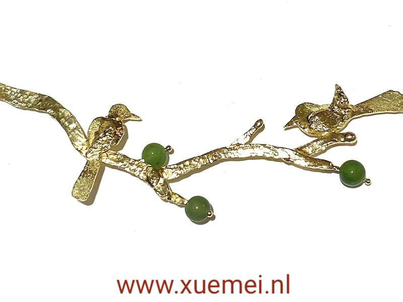 vogels en taken ketting goud - uniek - edelsmid Xuemei Dijkstal - jade - groen steen