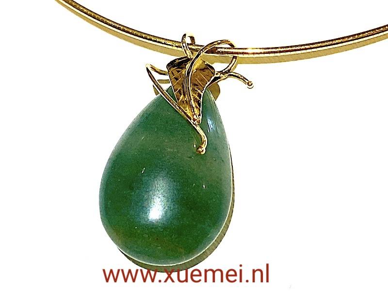 gouden collier met aventurijn hanger - blaadje - edelsmid Xuemei Dijkstal
