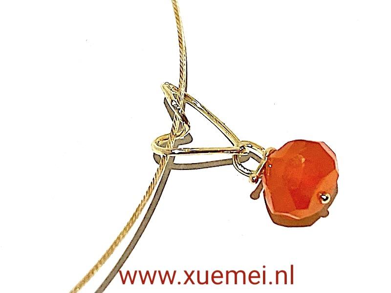 gouden hanger hartje - rode steen - carneool - goudsmid Xuemei Dijkstal