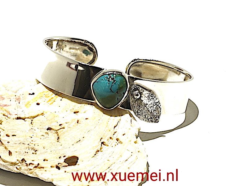 zilveren armband met turkoois - bald - edelsteen - handgemaakt - edelsmid Xuemei Dijkstal