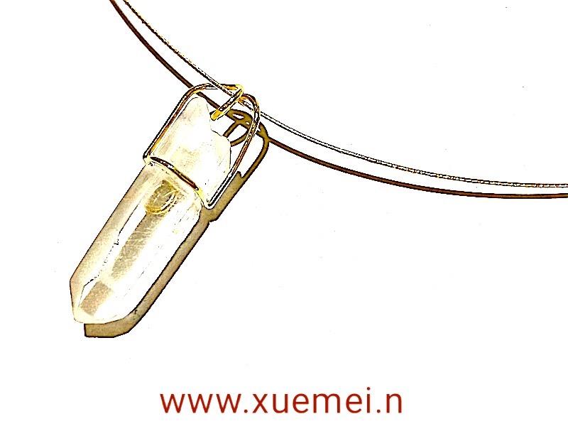 gouden hanger bergkristal - uniek - goudsmid Xuemei Dijkstal