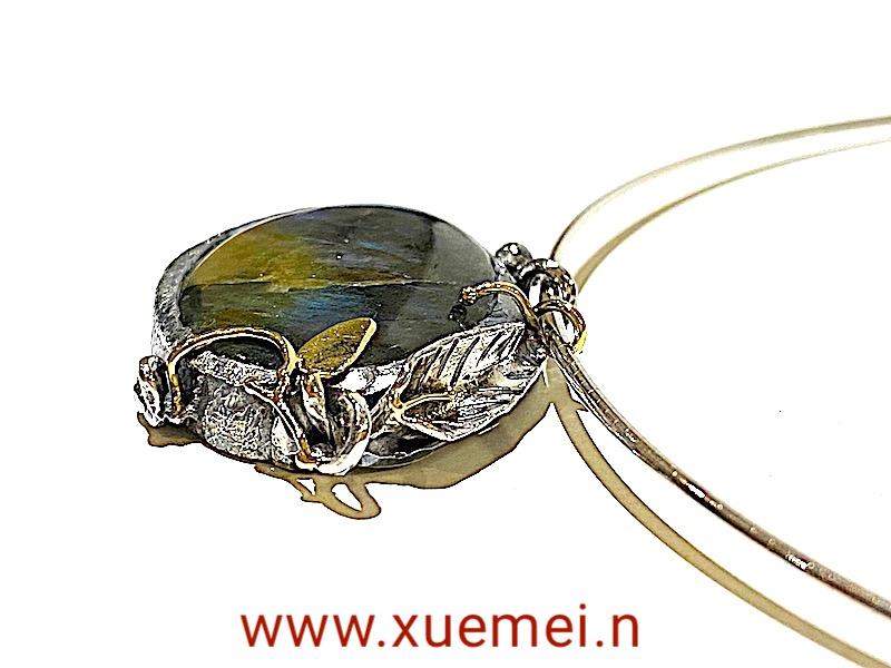 zilveren gouden hanger met labradoriet - handgemaakt - edelsmid Xuemei Dijkstal